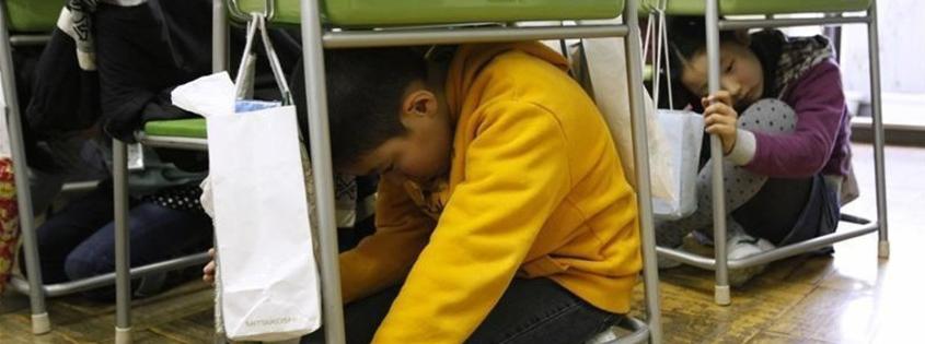 آموزش زلزله به کودک